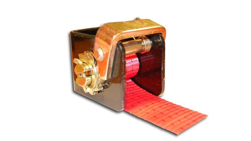 Winch met U-vorm montageplaat voor bandbreedtes tot 50mm
